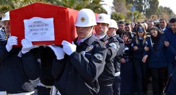 Diyarbakır şehidi Şenali Ocak İzmir'de son yolculuğuna uğurlandı