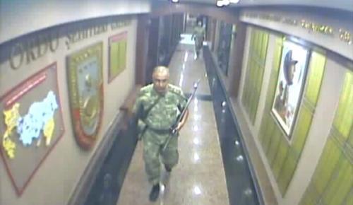 Darbe girişimi gecesi 2. Ordu'da yaşananlar güvenlik kamerasında