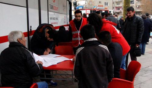 Elazığ'daki STK'lardan kan bağışı kampanyasına destek