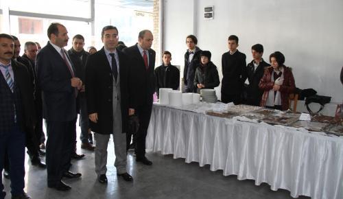 Erzincanlı öğrencilerden Halepliler için kermes