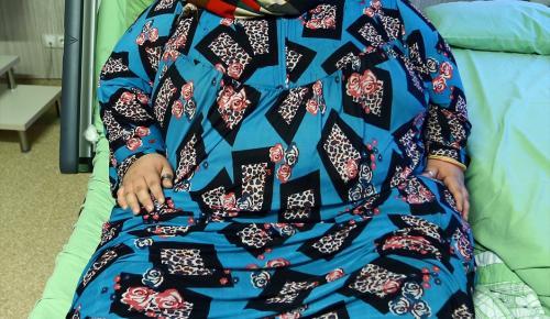 Halepli 350 kilo ağırlığındaki genç kız şifayı Türkiye'de bulacak