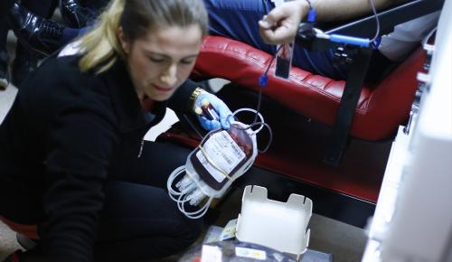 """""""Hayat"""" veren sağlık çalışanları """"kan"""" verecek"""