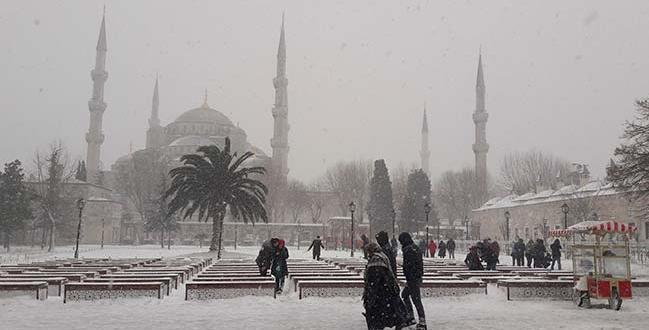Meteoroloji'den son dakika uyarısı! İstanbul'da kar yağışı devam edecek mi?