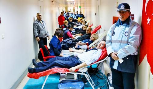 İstanbul zabıtasından kan bağışı kampanyasına destek