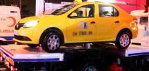 Teröristlerin olay yerine geldiği iddia edilen taksi emniyete götürüldü