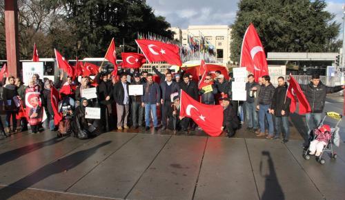 İsviçre'deki terör protestosunda PKK provokasyonu