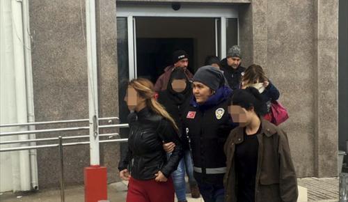 İzmir'de fuhuş operasyonu