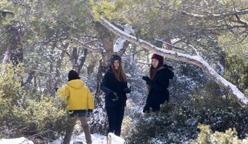 İzmir'de kar keyfi