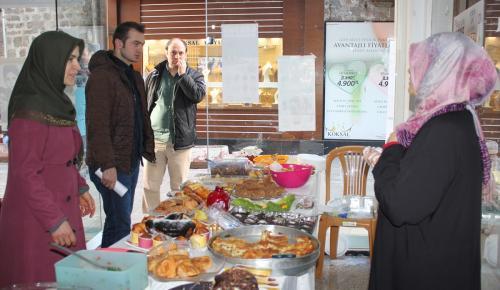 Kermes gelirleri çadır kente bağışlanacak