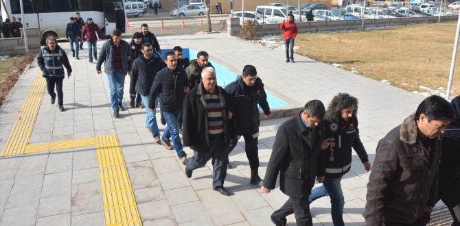 Kırşehir'deki FETÖ/PDY operasyonu: 40 gözaltı