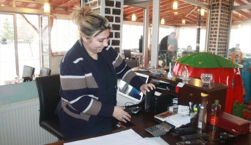 Konya'da hırsızlık anı güvenlik kamerasında