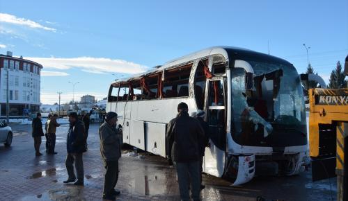 GÜNCELLEME – Konya'da öğrenci servisi devrildi