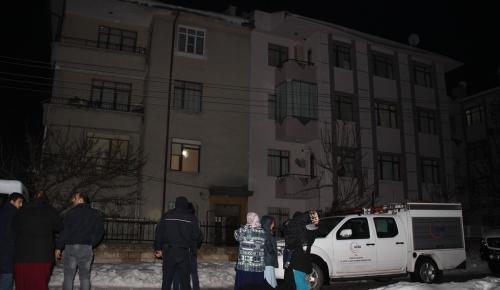 Konya'da sarsıntı oluşan apartman boşaltıldı