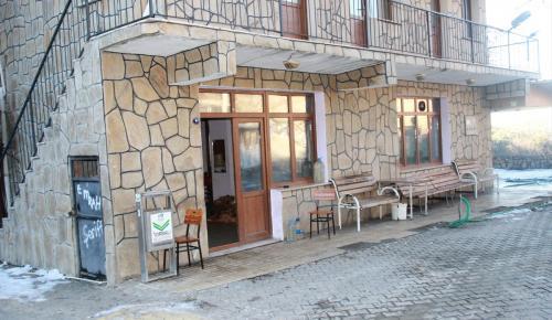 """Köy kahvesi ihalesine """"yanlışlıkla"""" 900 bin lira teklif verdi"""
