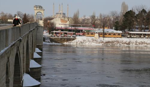 Meriç Nehri kısmen dondu