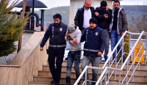 Muğla'da akü hırsızları tutuklandı