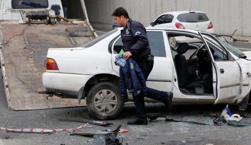 Şanlıurfa'da otomobil devrildi: 4 yaralı
