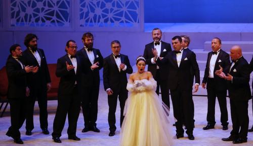 """""""Şen Dul"""" Antalya'da sahnelendi"""