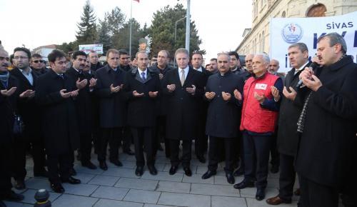 Sivas'tan Haleplilere 6 yardım tırı