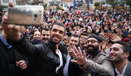 Sofuoğlu, öğrencilerin jestini karşılıksız bırakmadı