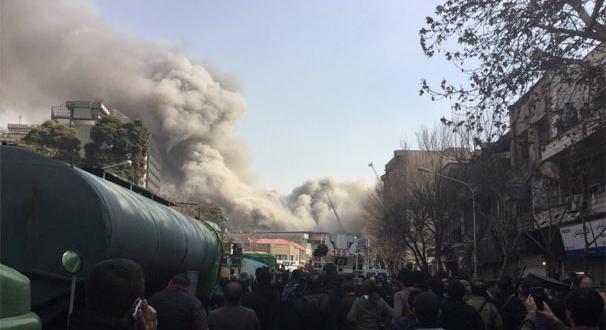 İran'ın başkenti Tahran'da facia! 17 katlı bina çöktü! 30 itfaiyeci öldü