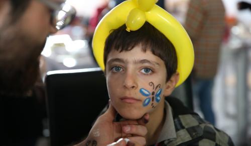 Suriyeli yetimlere eğlence