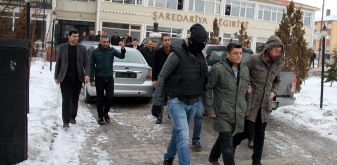 Van Muradiye İlçe Belediye Başkanı Mehmet Ali Tunç gözaltına alındı
