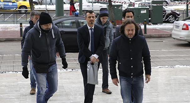 Yunanistan'a kaçan darbeci askerler hakim karşısına çıktı