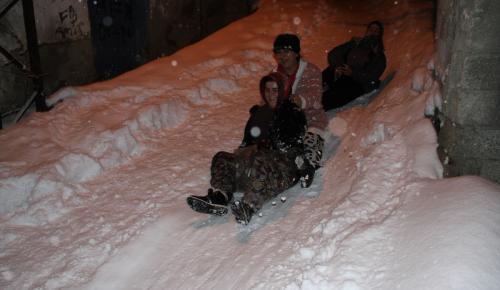 Yozgat ve Kırşehir'de eğitime kar engeli
